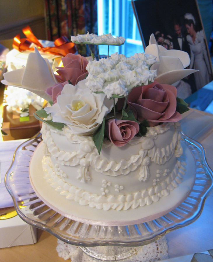 Top Tier flower replica cake