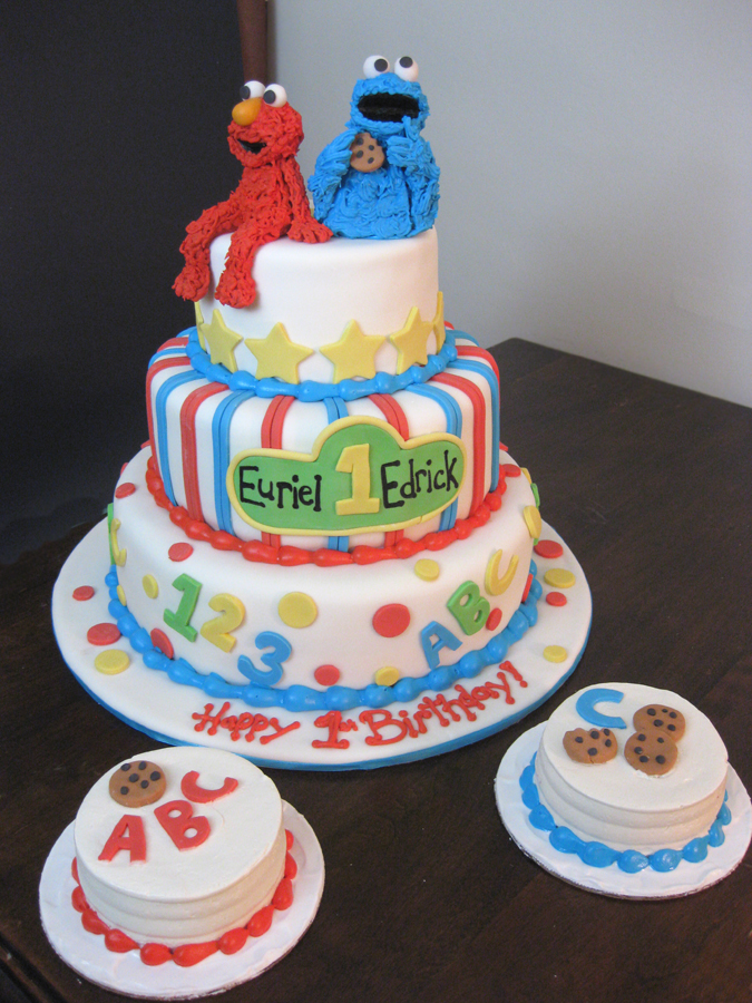 Elmo Cookie Monster Cake