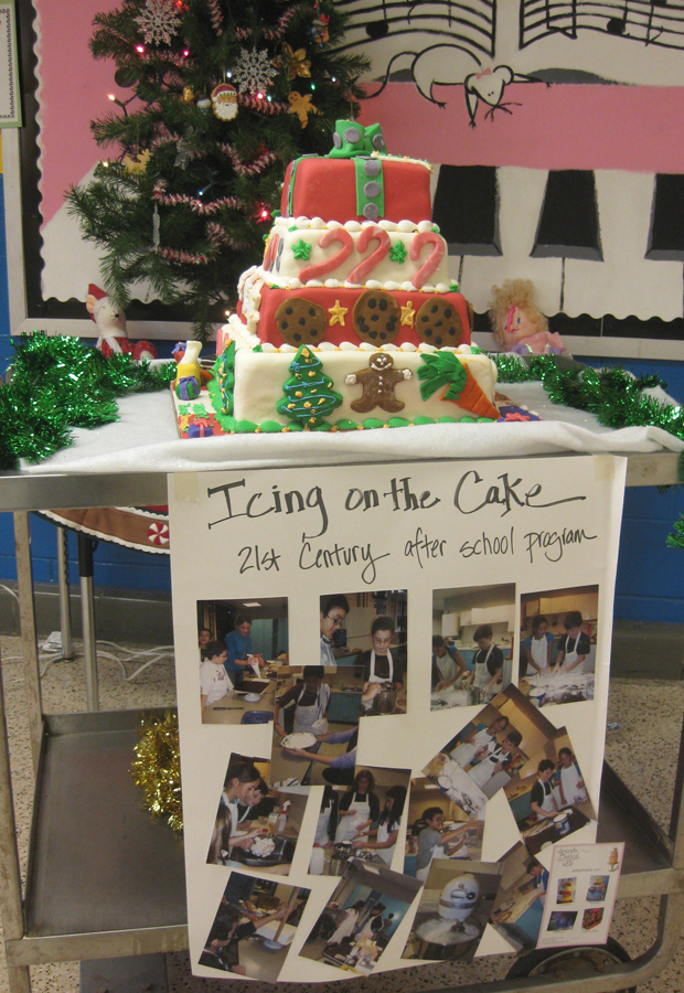 Icing on the Cake Children's Class with Amanda Oakleaf