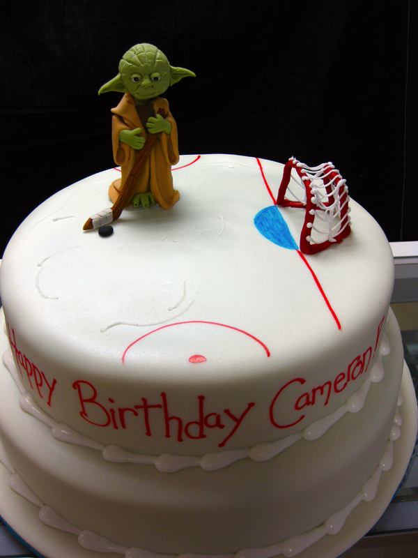 Yoda Playing Hockey Birthday Cake