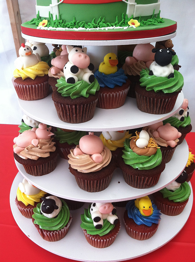 Farm Animal Cupcakes Blog Oakleafcakes Com